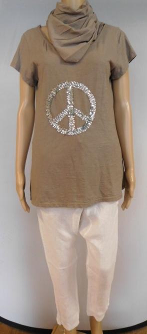 Leichte Harem Hose mit T-Shirt und Schal