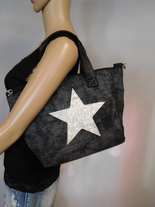 Handtasche mit Sternapplikation