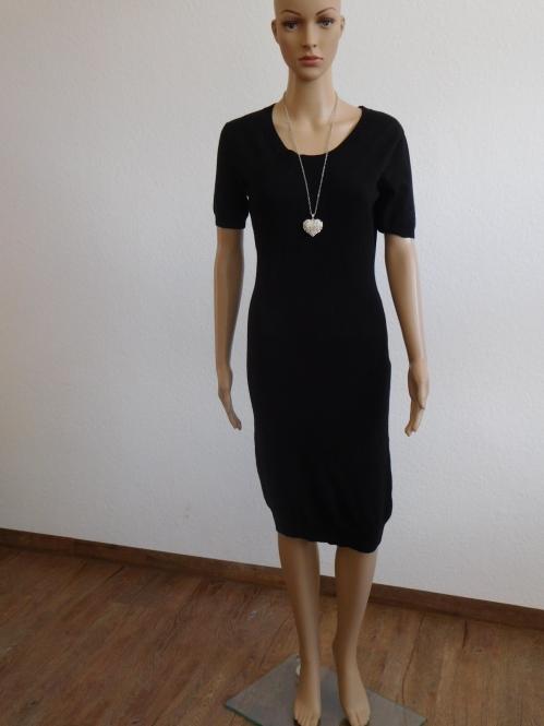 Feinstrick Midi Kleid in Schwarz