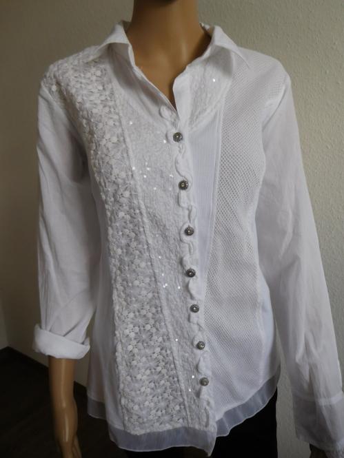 Hemdbluse mit Stickerei in Weiß