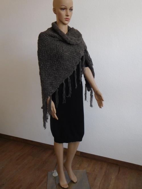 Damen Tuch Grobstrickschal in Taupe